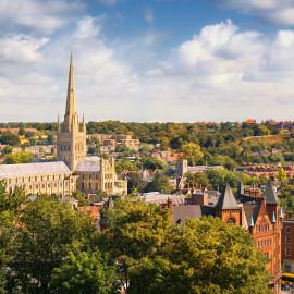 Norwich, Inglaterra. Verano 17-18